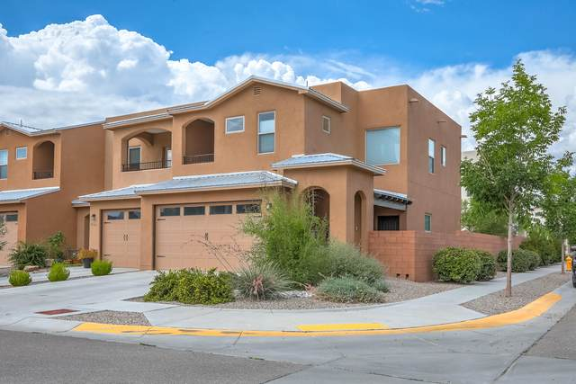 1601 Cheshire Court, Albuquerque, NM 87104 (MLS #997652) :: Berkshire Hathaway HomeServices Santa Fe Real Estate