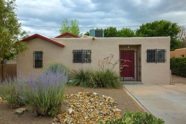 1020 Bellrose Avenue NW, Albuquerque, NM 87107 (MLS #997677) :: Campbell & Campbell Real Estate Services