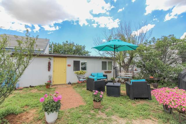 218 Cedar Lane Drive, Moriarty, NM 87035 (MLS #997724) :: Campbell & Campbell Real Estate Services
