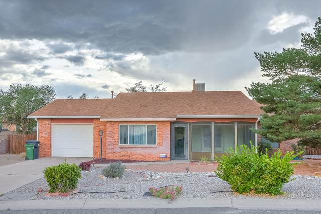 313 4TH Avenue NE, Rio Rancho, NM 87124 (MLS #997799) :: Campbell & Campbell Real Estate Services