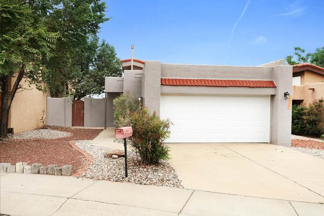 2109 Brentwood Park Drive NE, Albuquerque, NM 87112 (MLS #997802) :: Campbell & Campbell Real Estate Services