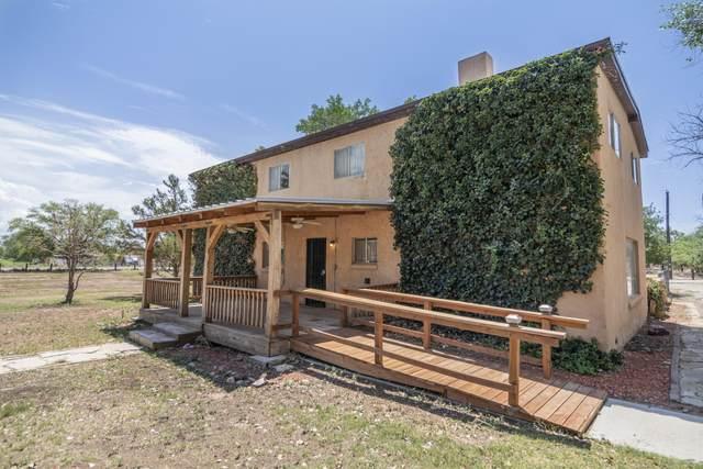 6325 Isleta Boulevard SW, Albuquerque, NM 87105 (MLS #997821) :: Keller Williams Realty