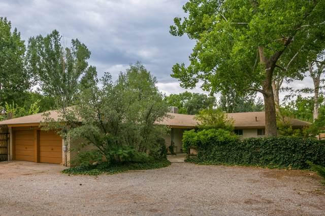 8200 Rio Grande Boulevard NW, Los Ranchos, NM 87114 (MLS #997882) :: Campbell & Campbell Real Estate Services