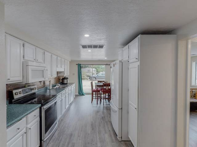 10032 4TH Street NW, Albuquerque, NM 87114 (MLS #997900) :: Campbell & Campbell Real Estate Services