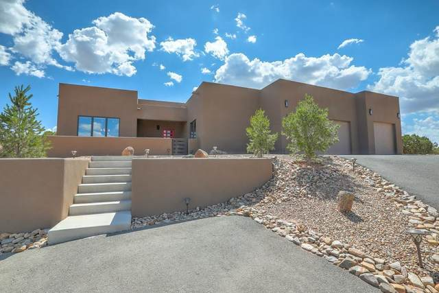 3 Chaco Mesa Trail, Placitas, NM 87043 (MLS #997986) :: Campbell & Campbell Real Estate Services