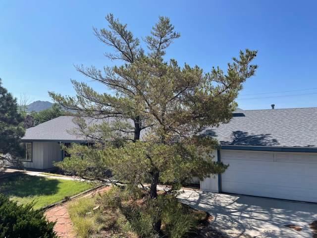 14214 Arcadia Road NE, Albuquerque, NM 87123 (MLS #998109) :: The Shear Team