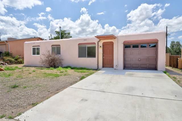 11724 Hagland Avenue NE, Albuquerque, NM 87112 (MLS #998161) :: Campbell & Campbell Real Estate Services
