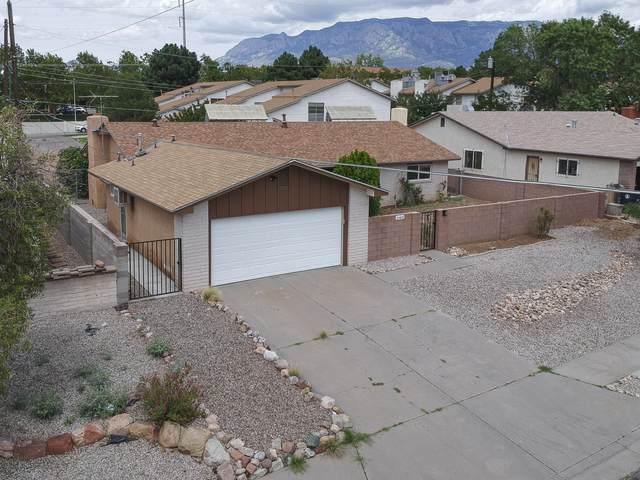 10405 Hendrix Avenue NE, Albuquerque, NM 87111 (MLS #998206) :: Campbell & Campbell Real Estate Services