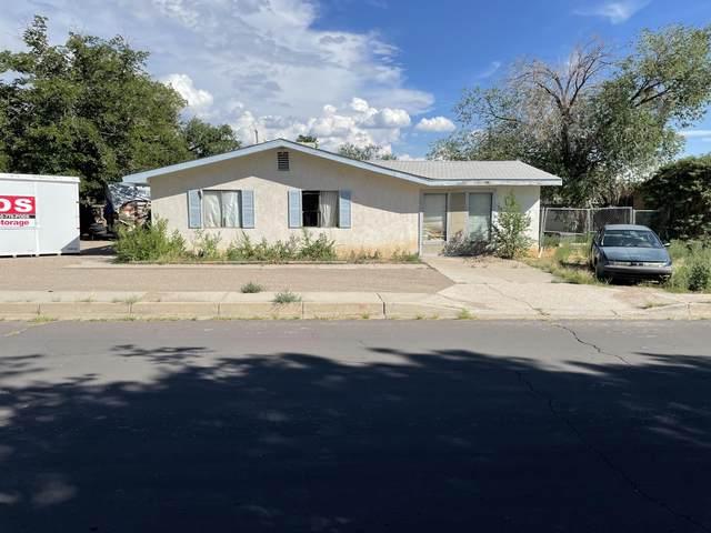 2522 Britt Street NE, Albuquerque, NM 87112 (MLS #998216) :: Campbell & Campbell Real Estate Services