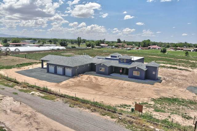 15 Guinea Lane, Belen, NM 87002 (MLS #998251) :: Campbell & Campbell Real Estate Services