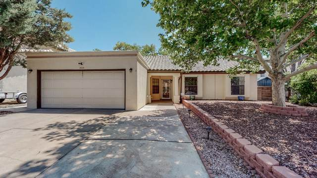 1920 Pinonwood Avenue NW, Albuquerque, NM 87120 (MLS #998286) :: Campbell & Campbell Real Estate Services
