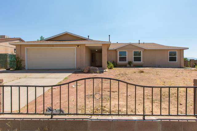 540 7th Street NE, Rio Rancho, NM 87124 (MLS #998289) :: Campbell & Campbell Real Estate Services