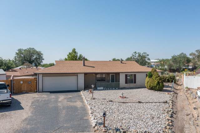 1300 Sagebrush Court SE, Rio Rancho, NM 87124 (MLS #998303) :: Campbell & Campbell Real Estate Services