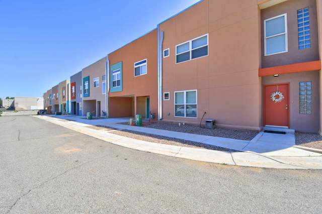 4204 Vida Verde Lane NE, Albuquerque, NM 87109 (MLS #998514) :: Campbell & Campbell Real Estate Services