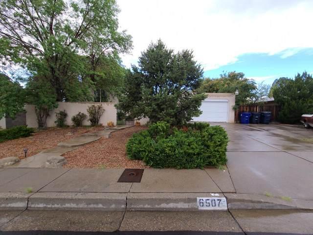 6507 Loftus Avenue NE, Albuquerque, NM 87109 (MLS #999025) :: HergGroup Albuquerque