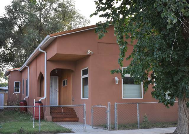 1009 4TH Street, Las Vegas, NM 87701 (MLS #999201) :: Campbell & Campbell Real Estate Services