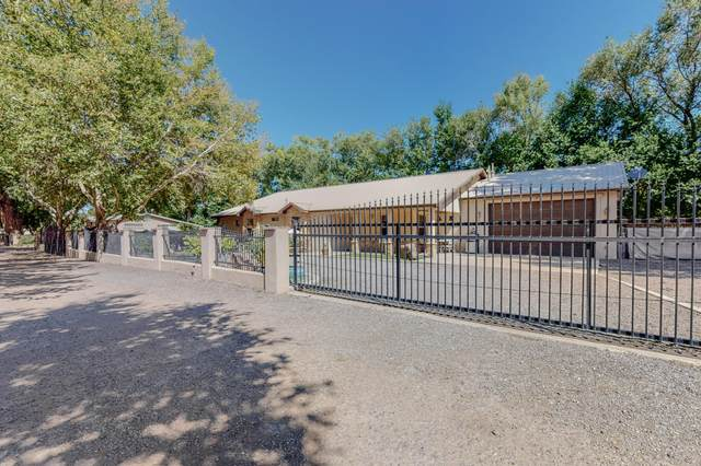 401 Wilda Place NW, Albuquerque, NM 87114 (MLS #999727) :: Campbell & Campbell Real Estate Services