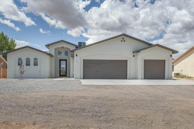 705 8th Street NE, Rio Rancho, NM 87124 (MLS #999750) :: HergGroup Albuquerque