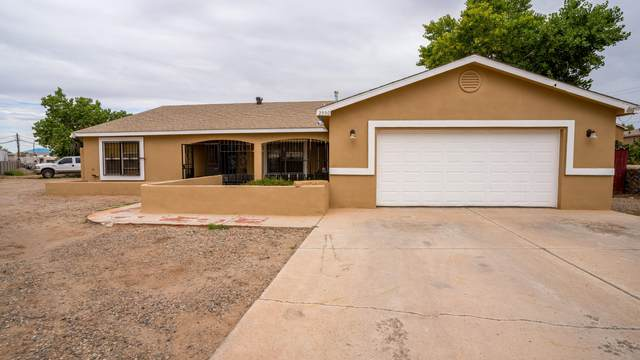 2550 Don Gregorio Road SW, Albuquerque, NM 87105 (MLS #1000315) :: Keller Williams Realty