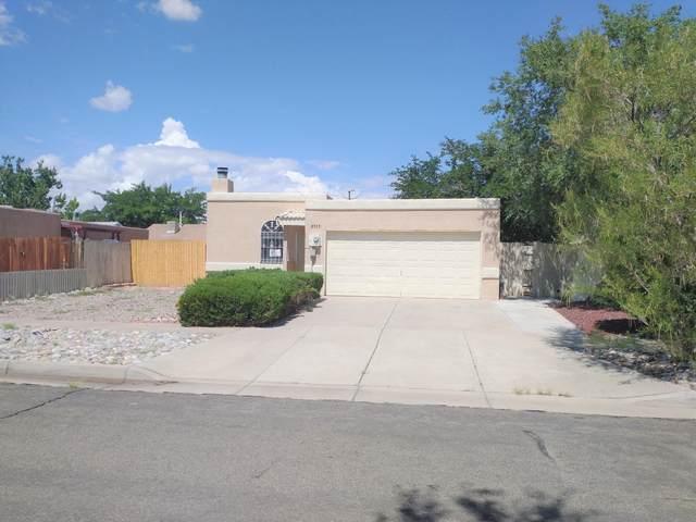 6511 Wayne Road NW, Albuquerque, NM 87120 (MLS #1000417) :: The Shear Team