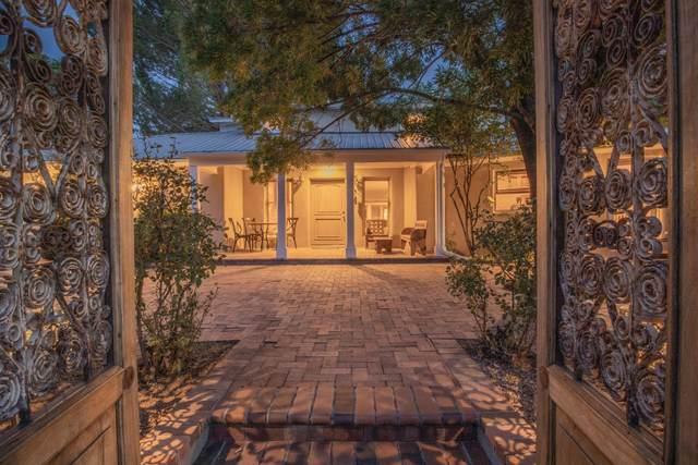 1010 Ranchitos Road NW, Los Ranchos, NM 87114 (MLS #1000737) :: Campbell & Campbell Real Estate Services