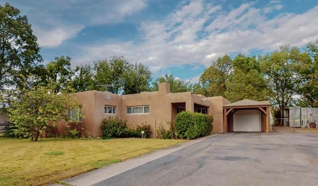 1837 Calle Los Vecinos NW, Albuquerque, NM 87107 (MLS #1002580) :: Keller Williams Realty