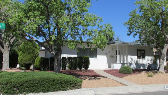 901 Adams Street NE, Albuquerque, NM 87110 (MLS #892381) :: Campbell & Campbell Real Estate Services