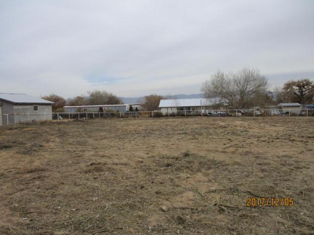 8 Sabrina Court, Los Lunas, NM 87031 (MLS #895050) :: Campbell & Campbell Real Estate Services