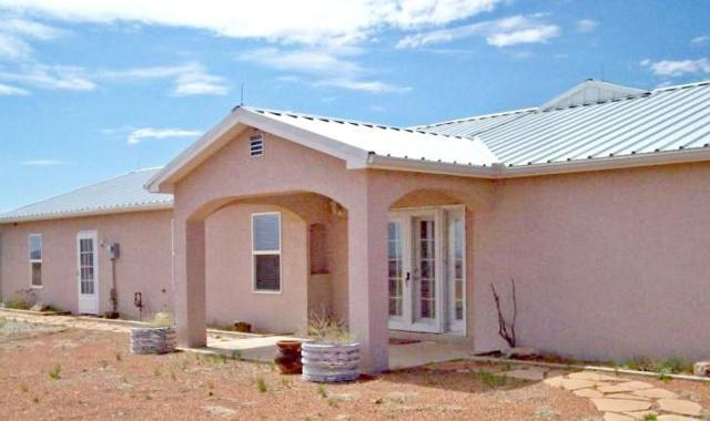 80 Quail Trail, Moriarty, NM 87035 (MLS #902753) :: Campbell & Campbell Real Estate Services