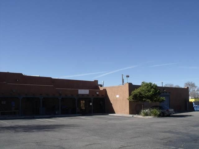 8011 Central Avenue NE, Albuquerque, NM 87108 (MLS #906926) :: Berkshire Hathaway HomeServices Santa Fe Real Estate