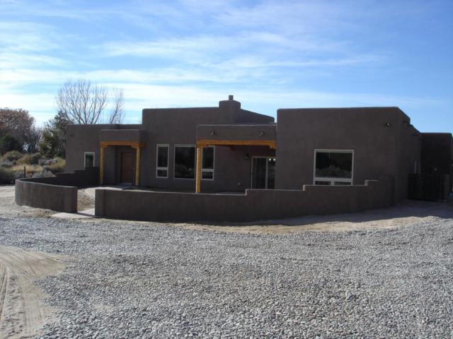 116 Veronica Court, Corrales, NM 87048 (MLS #908050) :: Campbell & Campbell Real Estate Services