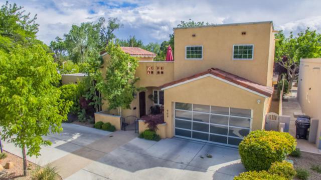 909 Grandview Drive SE, Albuquerque, NM 87108 (MLS #910712) :: Your Casa Team
