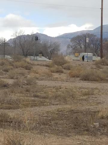 lot 20 Sandia View Road NW, Albuquerque, NM 87107 (MLS #912178) :: The Buchman Group