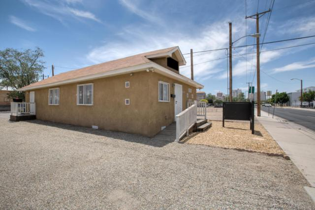 1216 5th Street NW, Albuquerque, NM 87102 (MLS #919038) :: Campbell & Campbell Real Estate Services