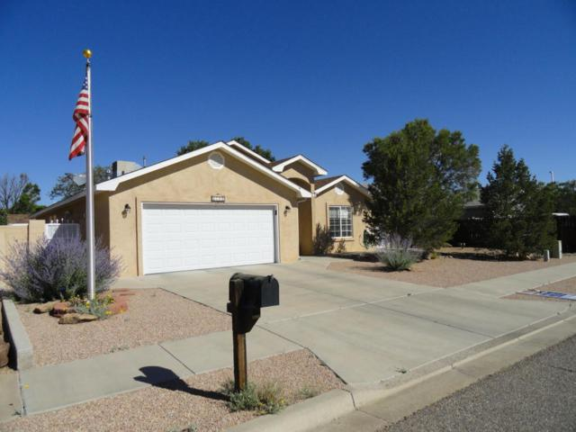 1311 Vista Centro Drive SW, Los Lunas, NM 87031 (MLS #921775) :: Campbell & Campbell Real Estate Services