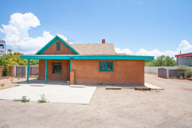 9228 4Th Street NW, Albuquerque, NM 87114 (MLS #924152) :: Campbell & Campbell Real Estate Services