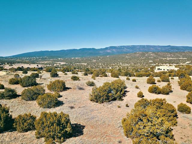31 Turquoise Trail, Sandia Park, NM 87047 (MLS #924692) :: Berkshire Hathaway HomeServices Santa Fe Real Estate