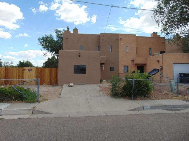 7936 Bell Avenue SE, Albuquerque, NM 87108 (MLS #925318) :: Campbell & Campbell Real Estate Services