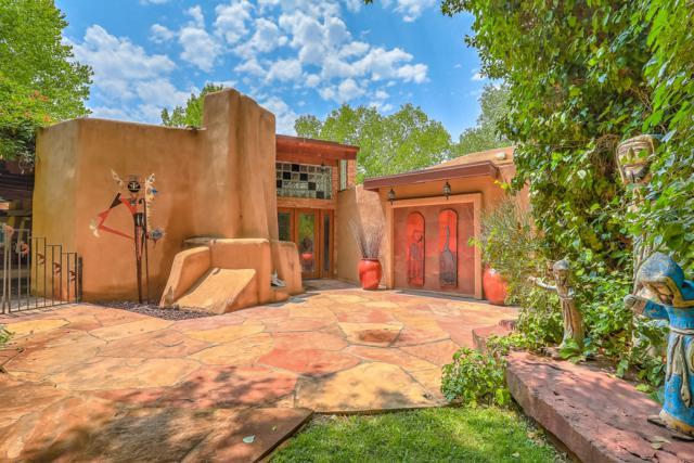 7205 Rio Grande Boulevard NW, Los Ranchos, NM 87107 (MLS #926202) :: Campbell & Campbell Real Estate Services