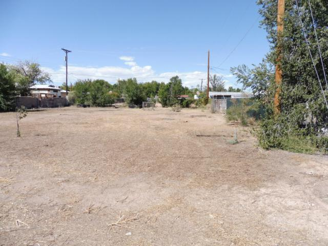 San Lorenzo, Belen, NM 87002 (MLS #928862) :: The Bigelow Team / Realty One of New Mexico