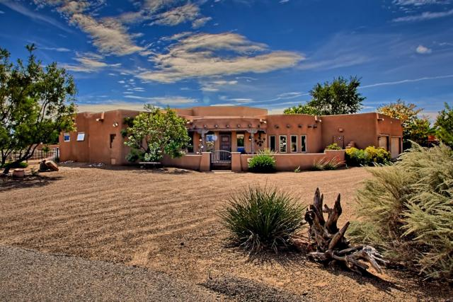 114 Veronica Court, Corrales, NM 87048 (MLS #929968) :: Campbell & Campbell Real Estate Services