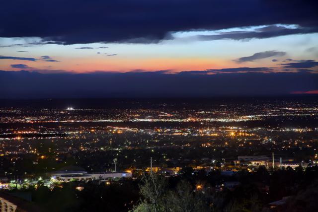 13600 Deer Trail NE, Albuquerque, NM 87111 (MLS #930482) :: Silesha & Company