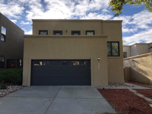 5121 Noreen Drive NE, Albuquerque, NM 87111 (MLS #931444) :: The Stratmoen & Mesch Team