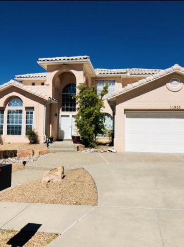 11921 Persimmon Avenue NE, Albuquerque, NM 87111 (MLS #931639) :: The Bigelow Team / Realty One of New Mexico