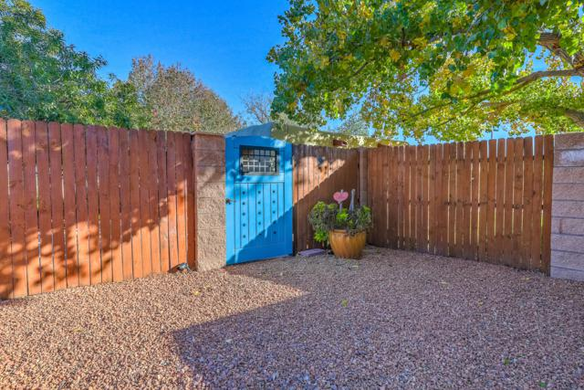 824 Ranchitos Road NW, Los Ranchos, NM 87114 (MLS #932221) :: The Bigelow Team / Realty One of New Mexico