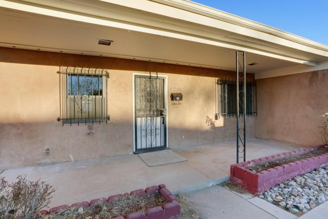 2834 Adams Street NE, Albuquerque, NM 87110 (MLS #935178) :: Campbell & Campbell Real Estate Services