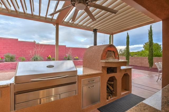 3717 Tierra Vista Place NE, Rio Rancho, NM 87124 (MLS #935447) :: The Bigelow Team / Realty One of New Mexico