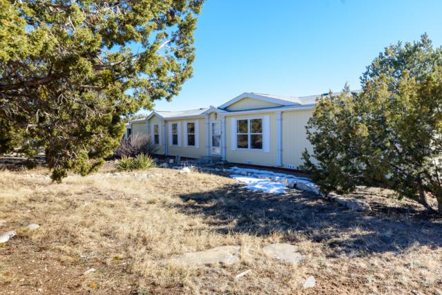 17 Barbara Lane, Edgewood, NM 87015 (MLS #935706) :: Campbell & Campbell Real Estate Services