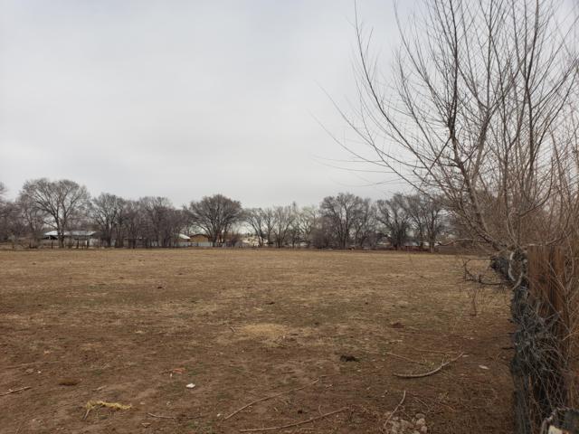 1815 Atrisco Drive SW, Albuquerque, NM 87105 (MLS #936290) :: Campbell & Campbell Real Estate Services