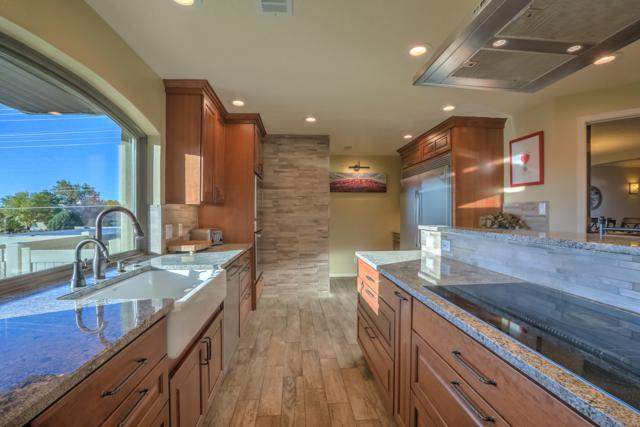 7009 Pala Mesa Court NE, Albuquerque, NM 87111 (MLS #936805) :: The Bigelow Team / Realty One of New Mexico